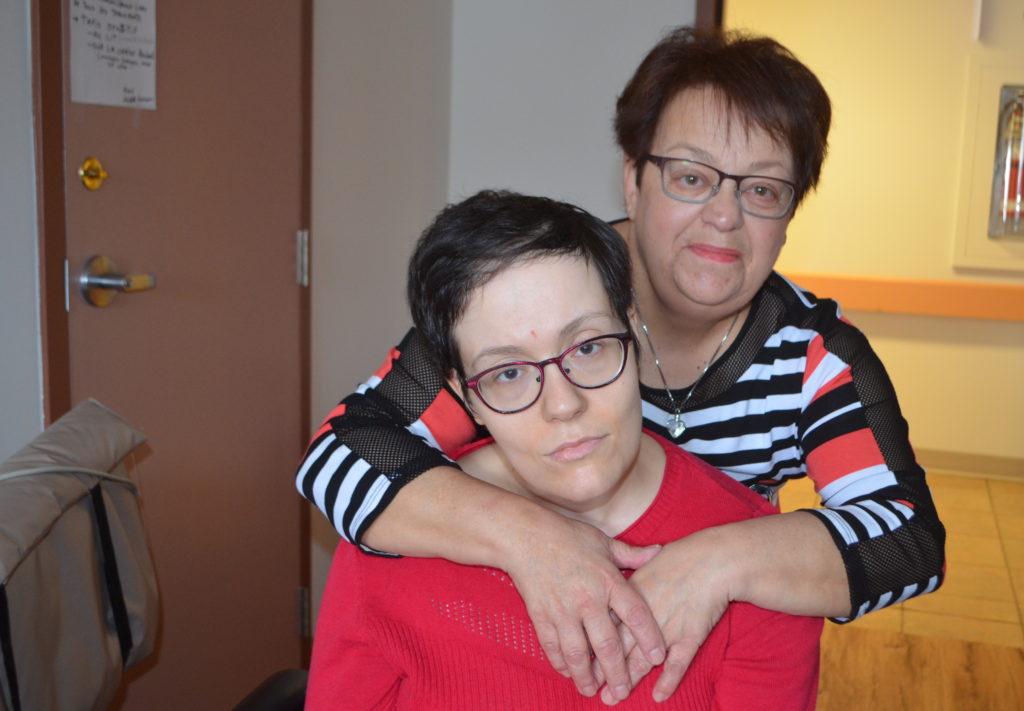 Diane Dumais veut rapatrier sa fille atteinte de la maladie de Huntington au Kamouraska