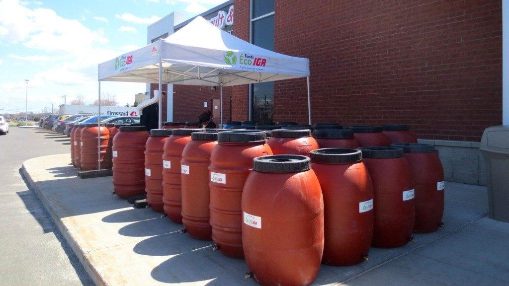 353 barils récupérateurs d'eau de pluie et 180 composteurs distribués