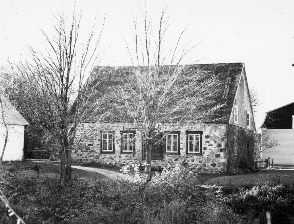 Les premières écoles de la Côte-du-Sud, une guerre de religion?