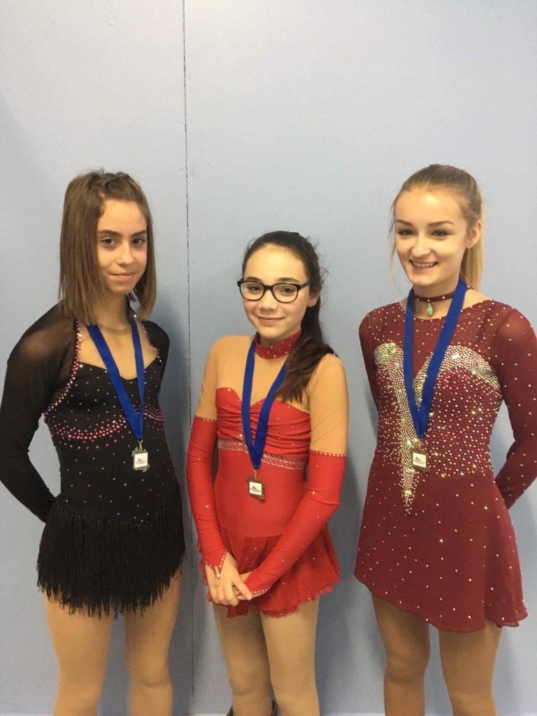 Des médailles pour des patineuses de Saint-Pamphile