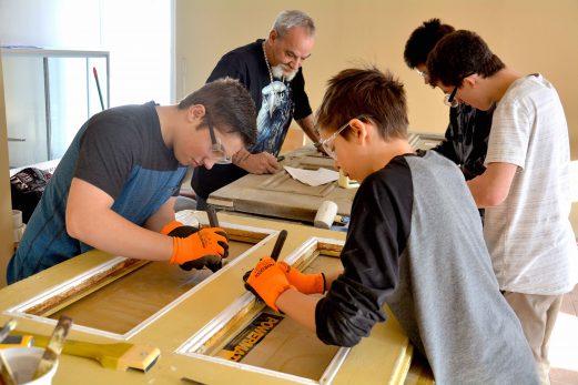 Co-Éco et Ateliers Mon Choix collaborent à la restauration de matériaux patrimoniaux