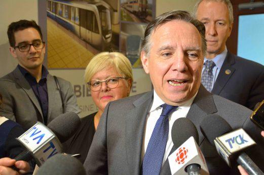 Bombardier : François Legault veut du contenu local et rassure les travailleurs