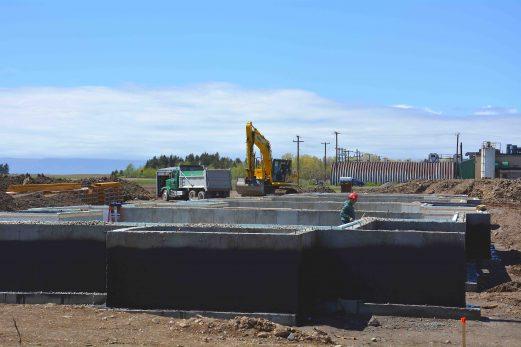 Fonderie Poitras construit un petit quartier résidentiel pour ses travailleurs étrangers