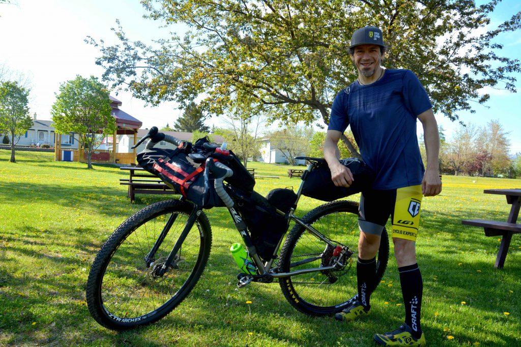 Un cycliste de Saint-Pascal en route pour 4400km de vélo dans les Rocheuses