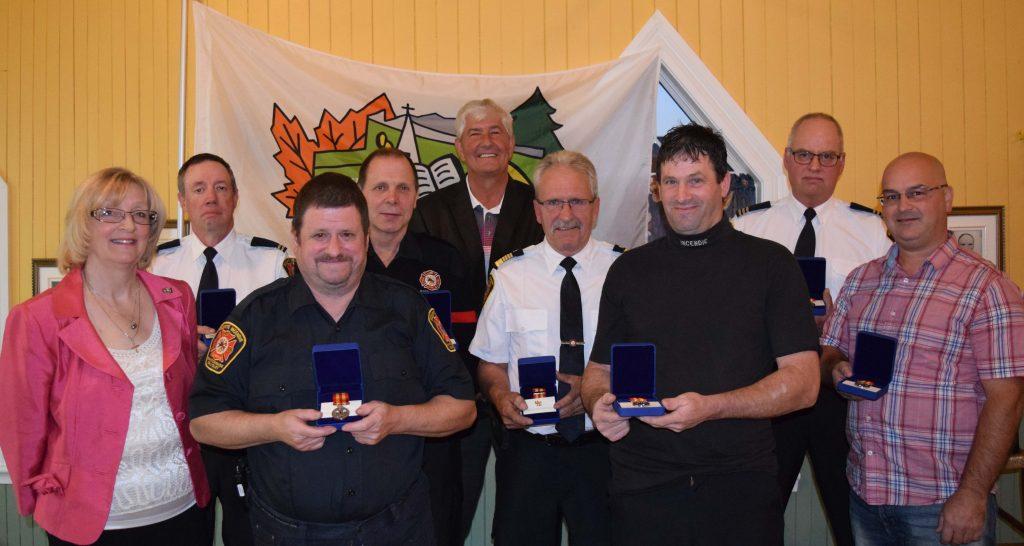 Sept pompiers honorés pour leurs années de service