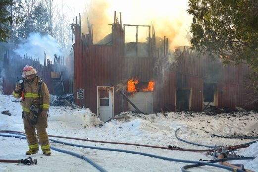 Une entreprise de Sainte-Louise emportée par les flammes