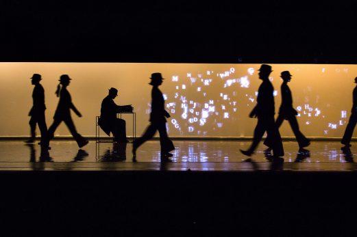 Dance Me— Hommage à Leonard Cohen: Une projection unique du spectacle de danse